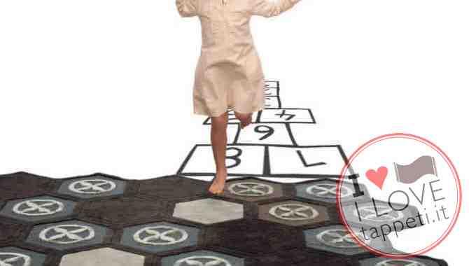 tappeto moderno Esagoni di Natalia Pepe per SITAP