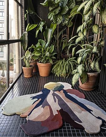 tappeto moderno Flora Bloom 1 dell'artista  Sati Moix prodotto dall'azienda Nanimarquina