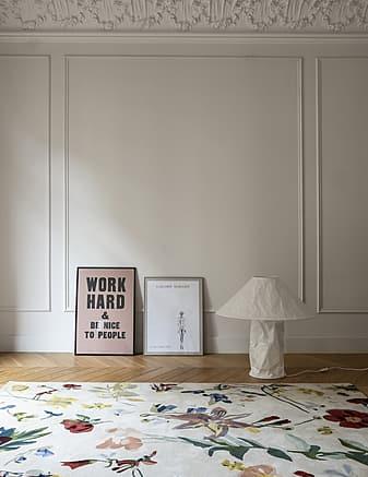 tappeto moderno Flora Promenade dell'artista Santi Moix prodotto dall'azienda Nanimarquina
