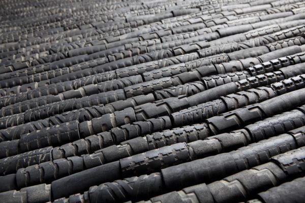 Tappeti In Tessuto Riciclato : A cose di casa piace il tappeto riciclato tubes il dei tappeti
