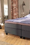 tom-taylor-tappeti-moderni-divano-sofa-letto-biancheria-7